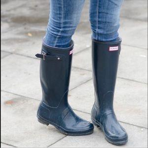 😍1 Hr.SAle HUNTER NAVY BLUE Rain Boots